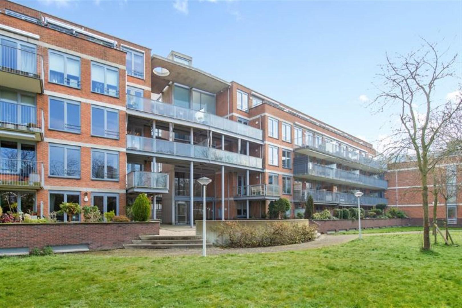 3-kamer appartement in Leiden Zuidwest Op loopafstand ligt het winkelcentrum Wagnerplein